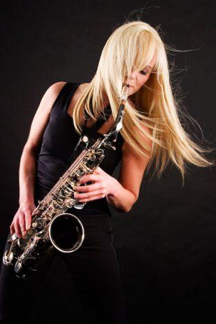 saxophonistin-kathrin-eipert